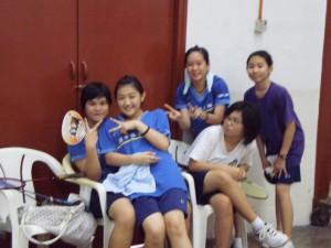 羽球培训队的美女^^hahaha...