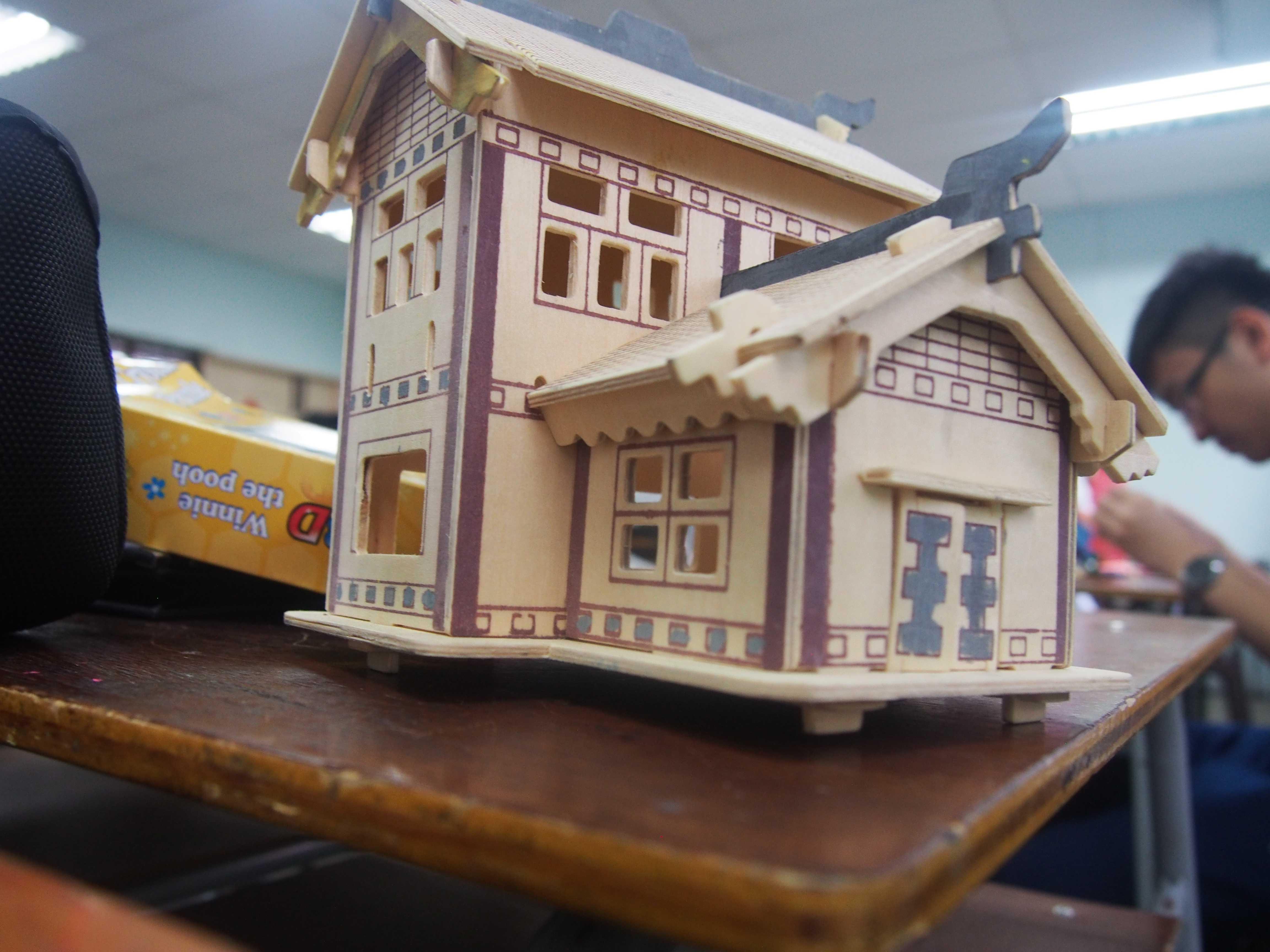 例常活动-木制模型