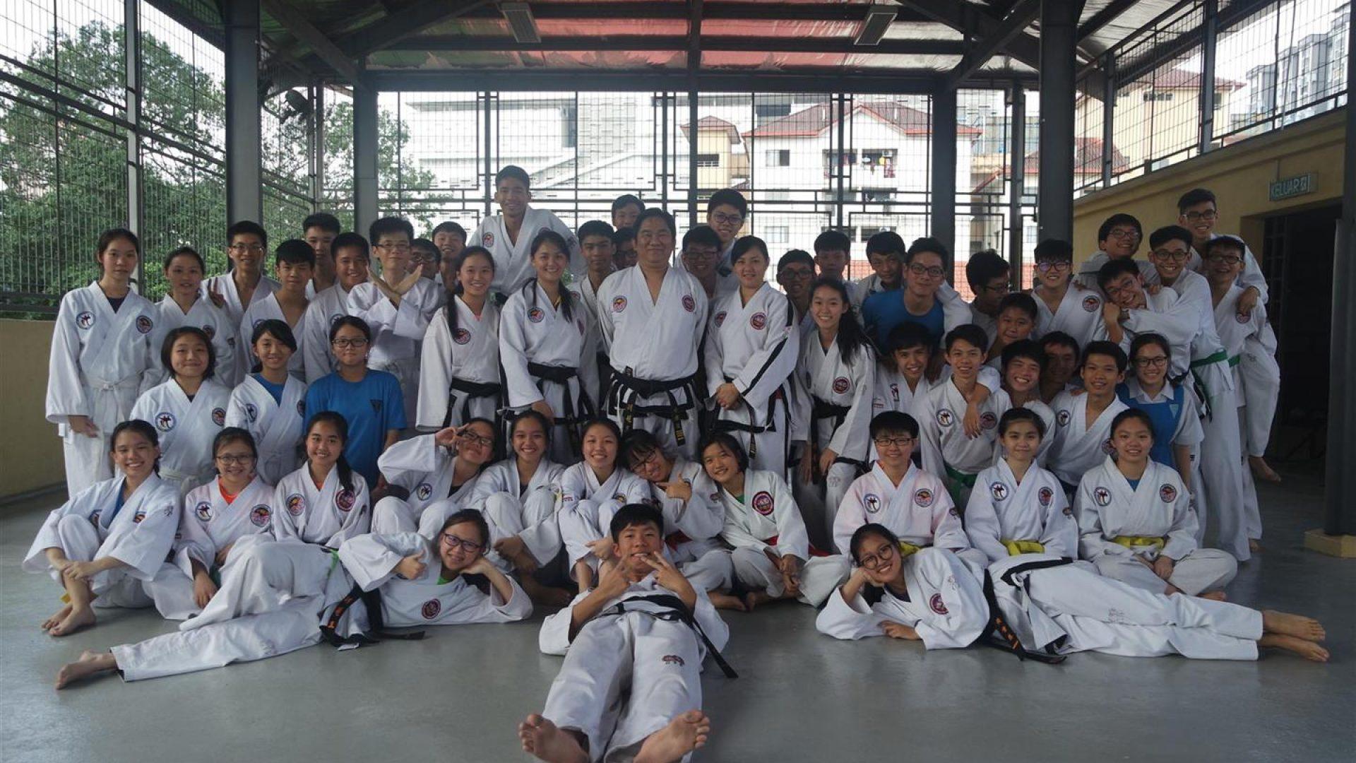 循人中学 跆拳道学会